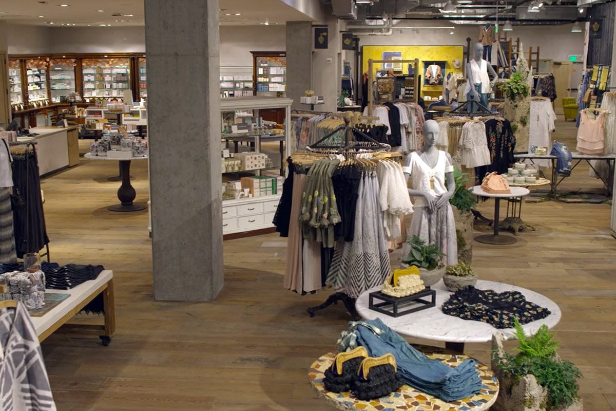 urban outfitters to supersize anthropologie store in king of prussia mall. Black Bedroom Furniture Sets. Home Design Ideas