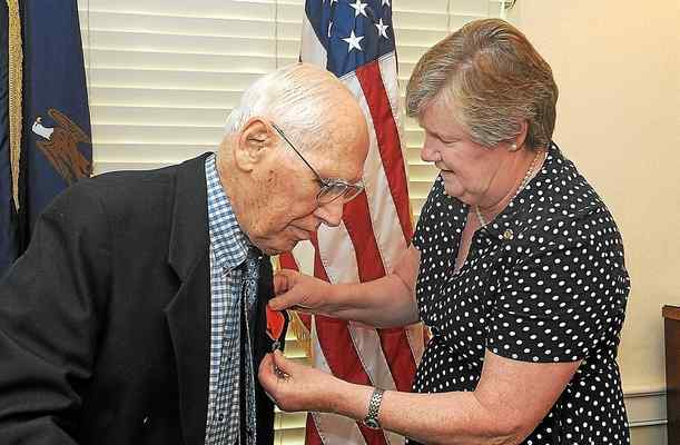 World War II Vet from Montco Receives France's Medal of Honor