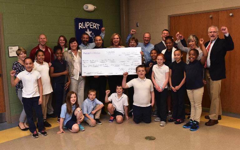 PECO Announces Major Grant for Outdoor Education Program in Pottstown