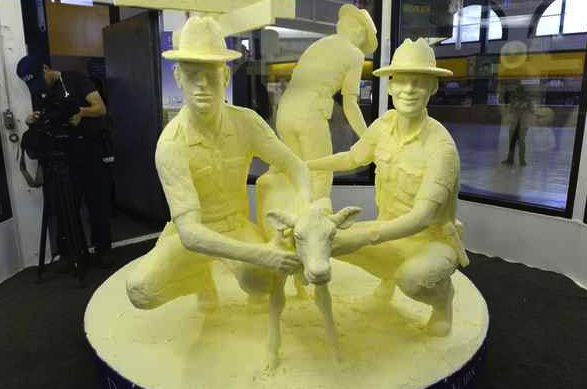 Conshohocken Pair Impresses New York State Fair Visitors with Detailed Butter Sculpture