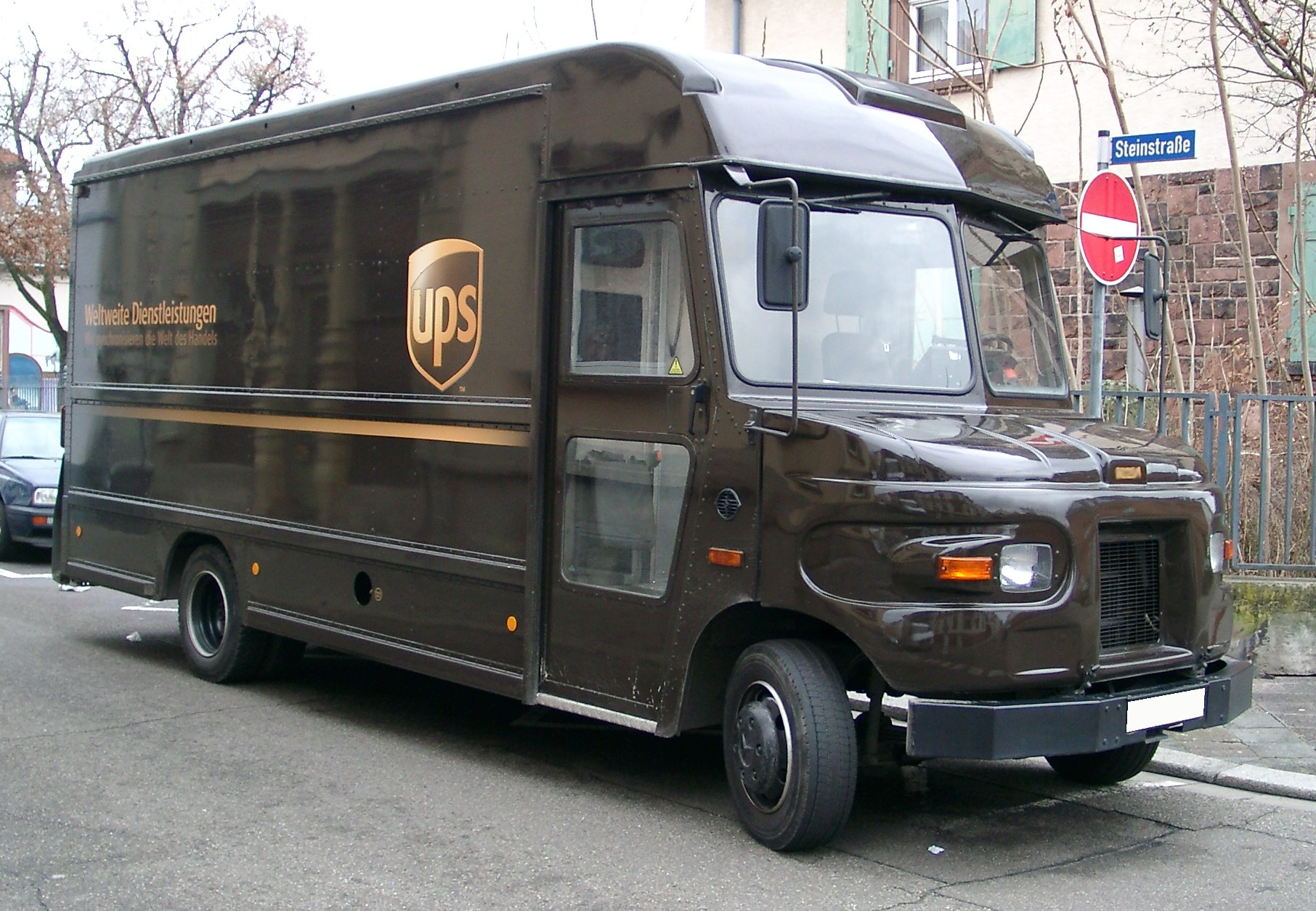 UPS drivers from Montgomery County honored for accident-free driving