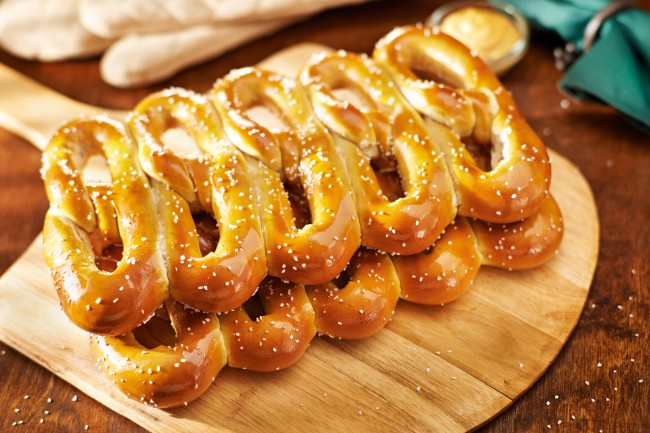 Twenty years after a twist of fate, Philly Pretzel Factory more popular than ever