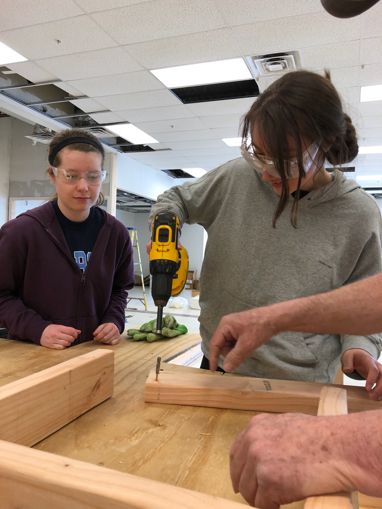 College students ready Habitat ReStore in Horsham for grand opening