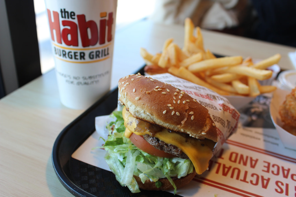 The Habit Burger Grill joins forces with Upper Merion police department to reward good deeds