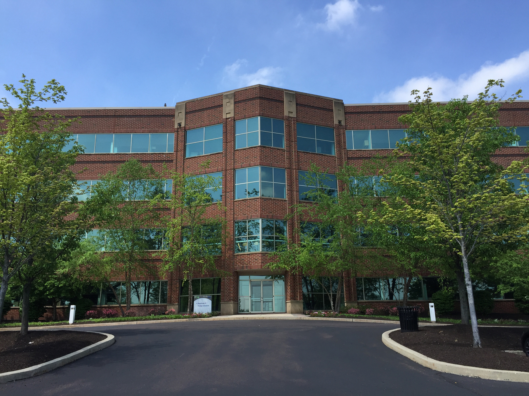 Cushman and Wakefield Brokers $32 million sale of Highview I and II in Collegeville