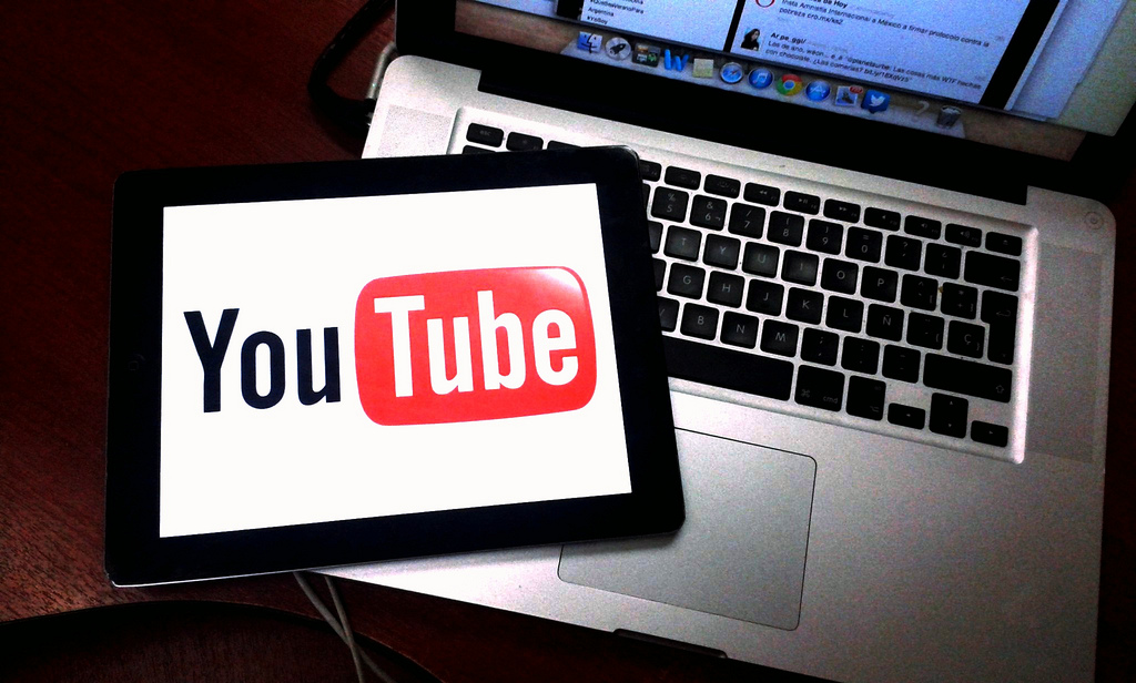 Tech Talk: Google, YouTube come under scrutiny over targeting children for ads