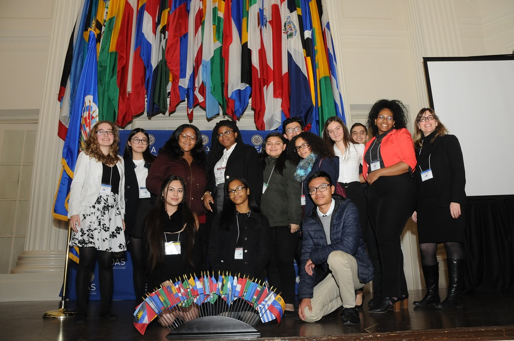 CCATE students travel to Washington for award winning program presentation