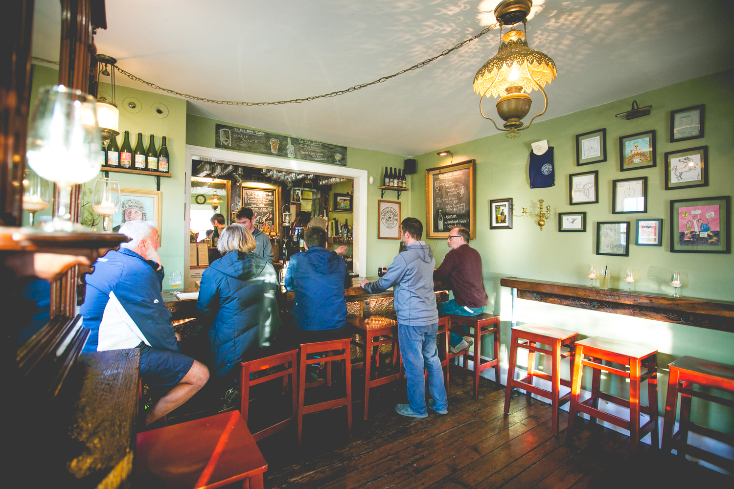 Forest & Main brings charming city style pub to Montco suburbs
