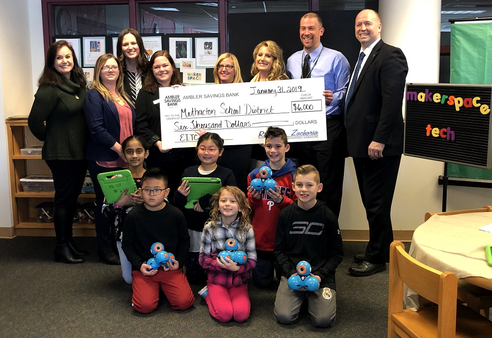 Ambler Savings Bank donates $6K to Worcester Elementary STEM education