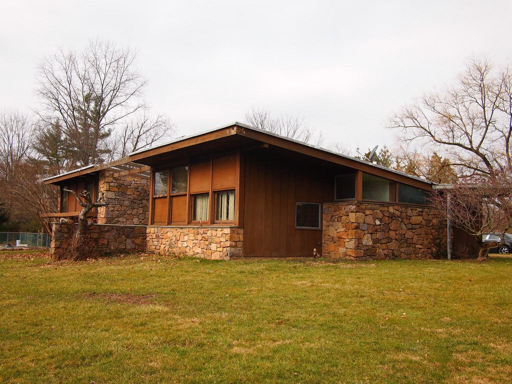 Kahn-designed Weiss House in East Norriton on the state's 'At-Risk' list