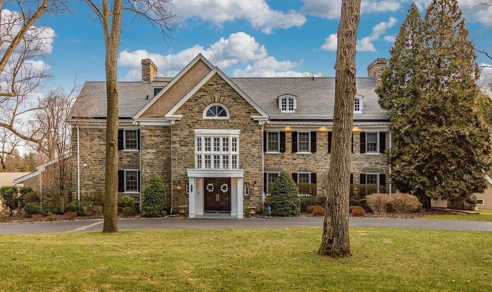 House of the Week: 2205 Washington Lane, Huntingdon Valley