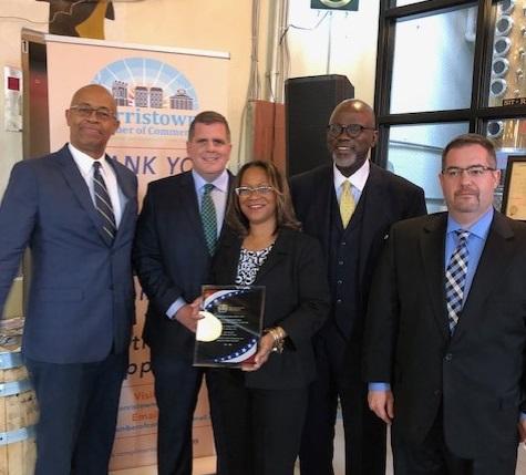Willow School founder Kym Ramsey wins veteran small business award