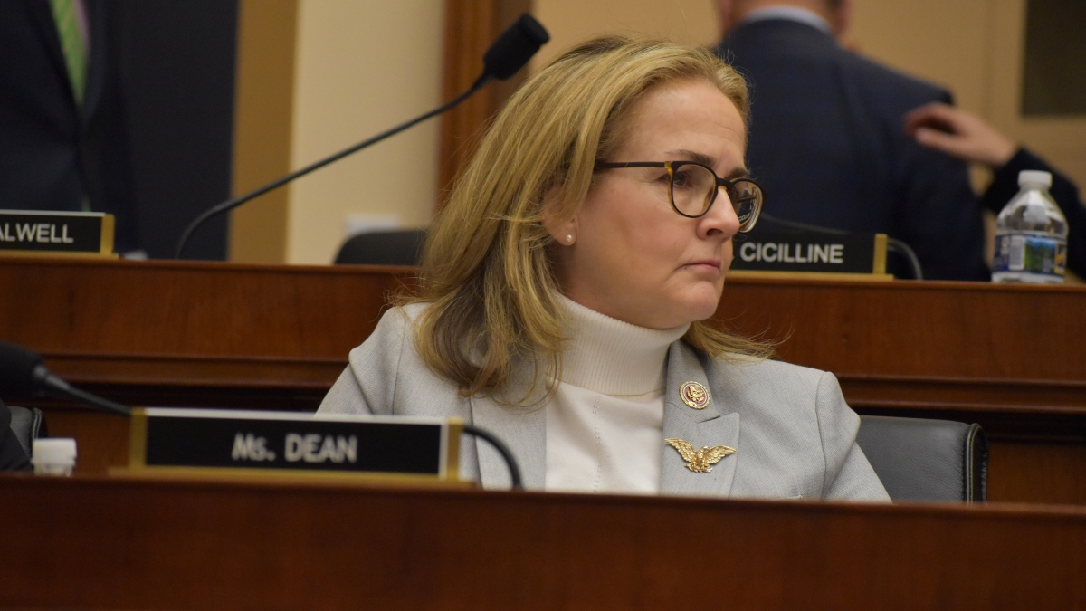 Rep. Madeleine Dean hosts roundtable on race and employment