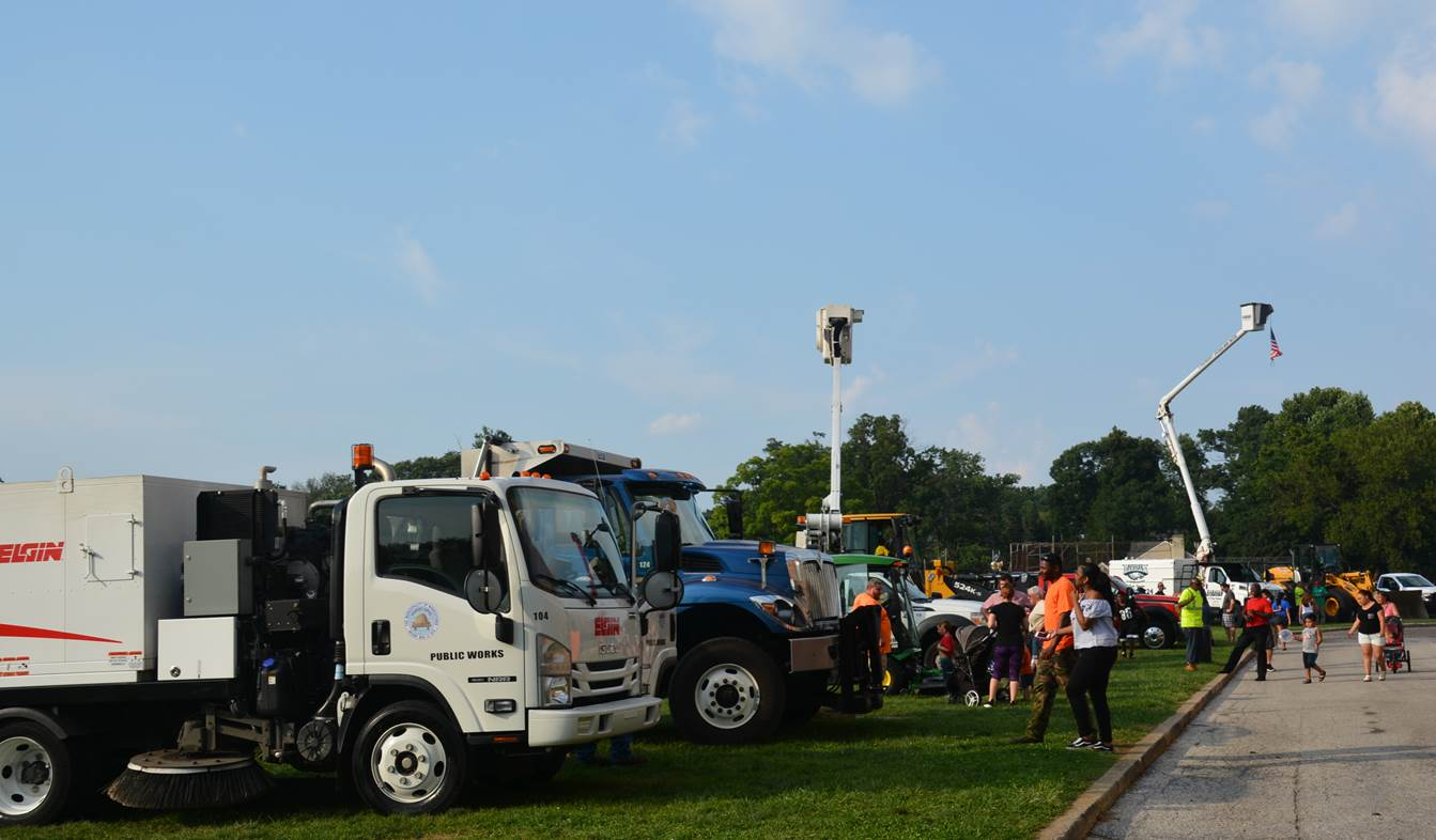 """Free """"Touch a Truck"""" event in Norristown to feature 25 working vehicles"""