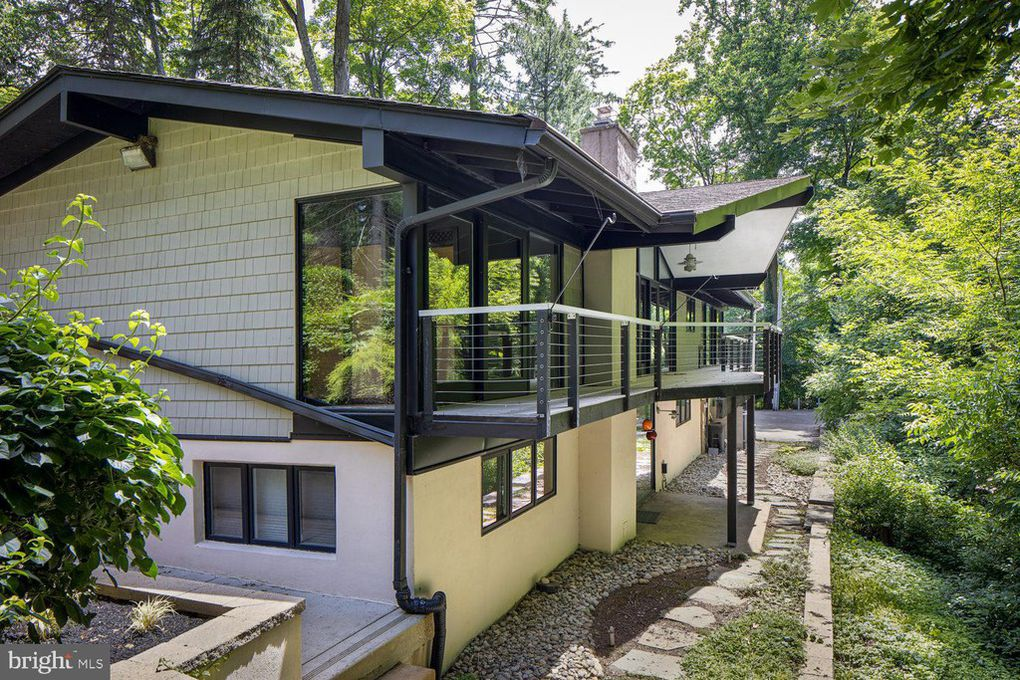House of the Week: A home designed by Robert McElroy