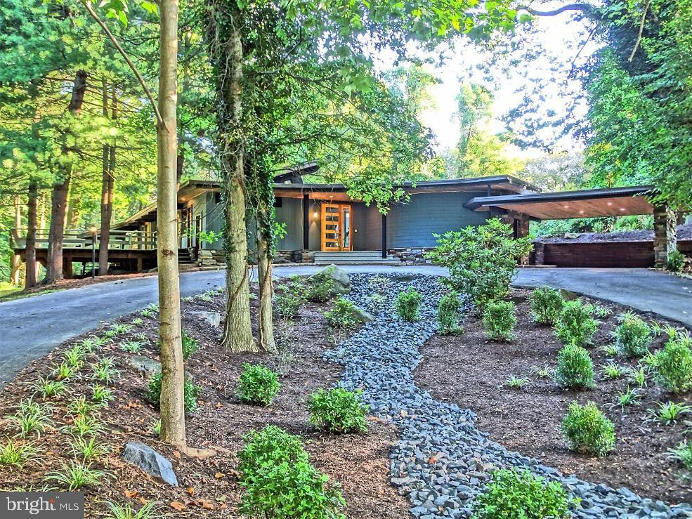 House of the Week: Frank Lloyd Wright-inspired 730 Sural Lane, Elkins Park