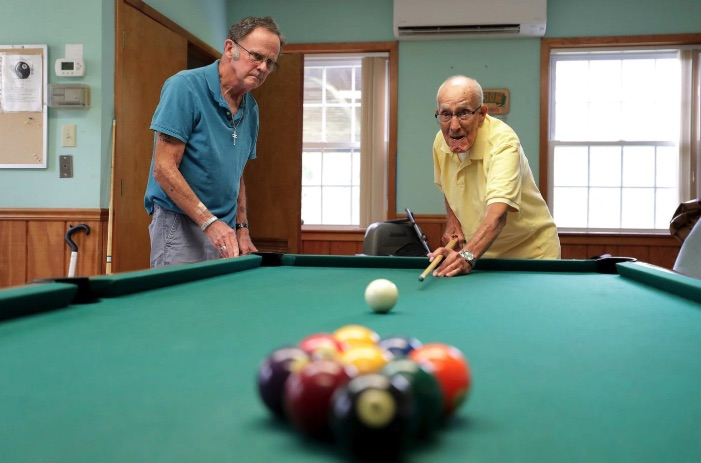 Glenside man celebrates 104th birthday with game of pool