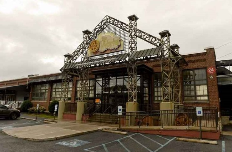 Berks County restaurant and entertainment center announces 2nd location near West Chester