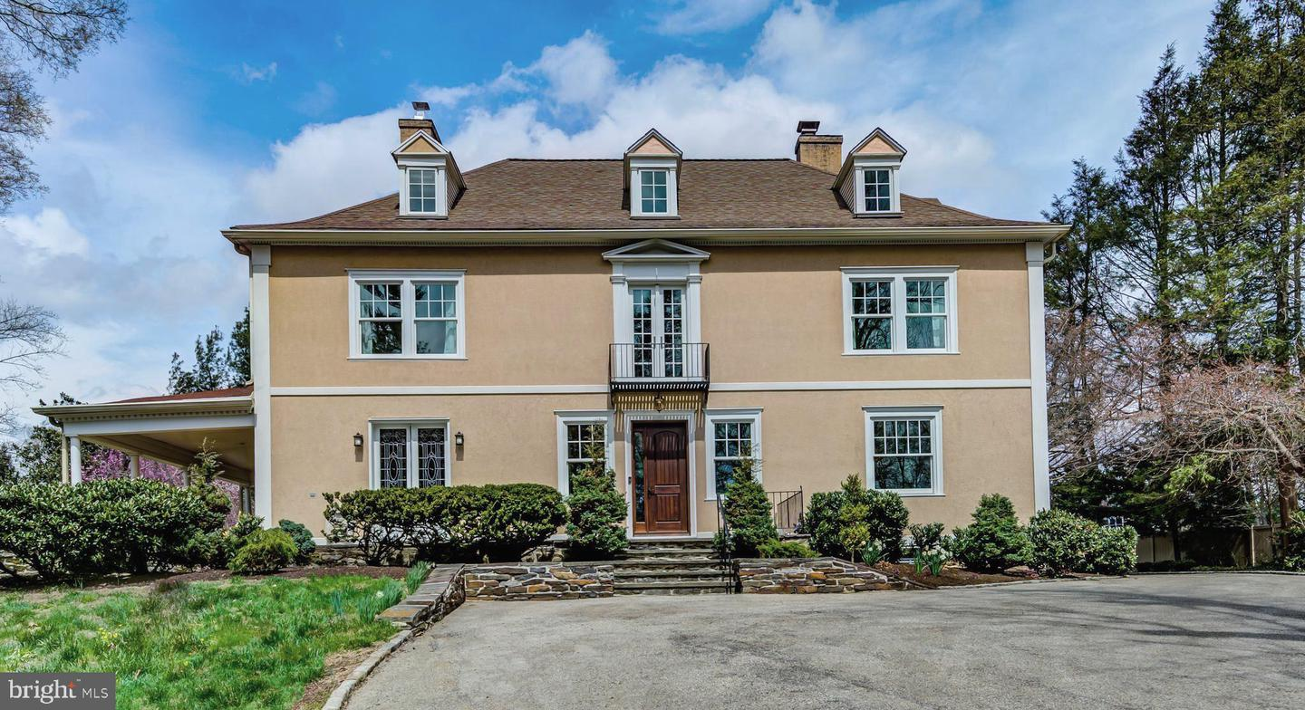 House of the Week: Stunning Regency Colonial On Two Magnificent Acres in Bryn Mawr