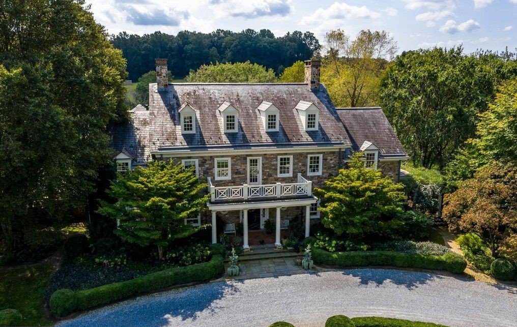 House of the Week: A Taste of the Sublime Nestled Among Rolling Hills of Southeast Pennsylvania