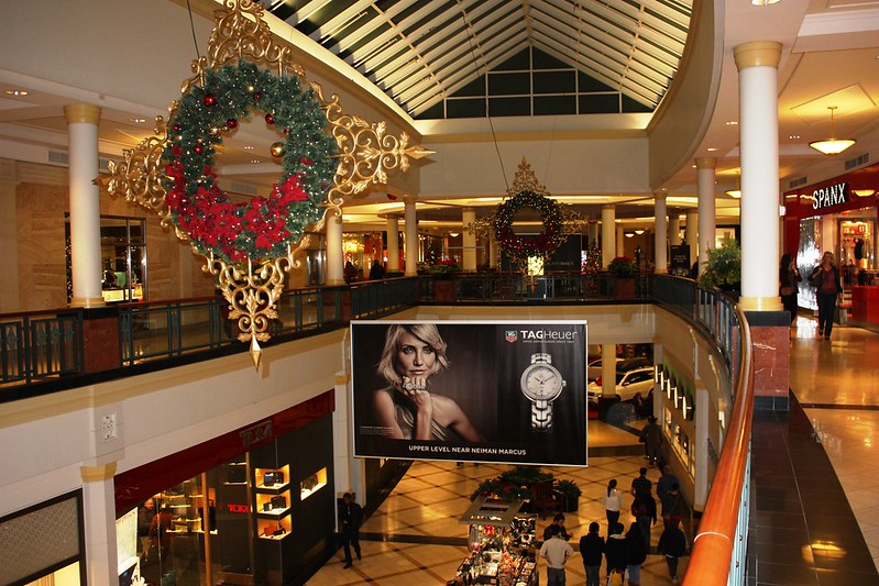 King of Prussia Mall on List Of Ten Shopping Centers That Have Become Tourist Destinations In Their Own Right