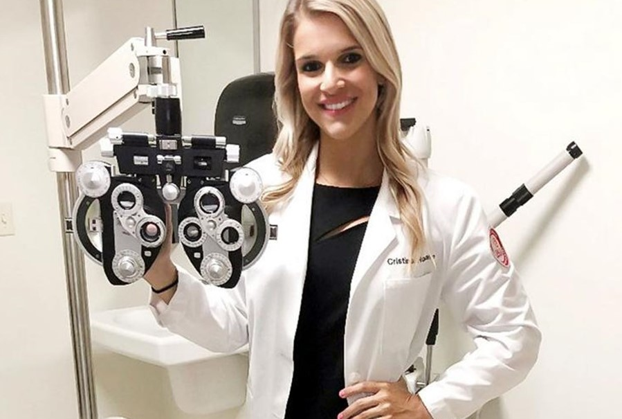 West Chester Optometrist Selected from 576 Candidates to Become Eagles Cheerleader