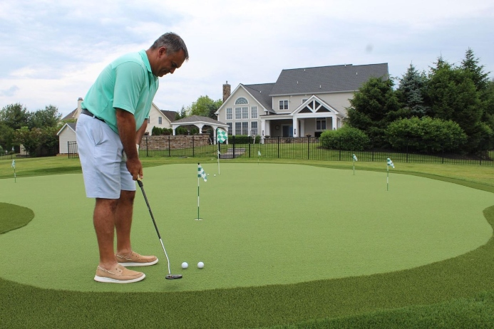Wall Street Journal: Backyard Putting Green Helps Collegeville Man Improve His Golf Game During Pandemic