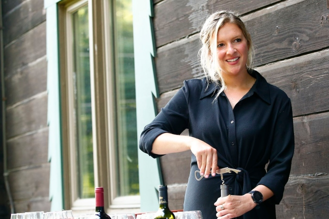 Elkins Park Native Offers Socially Distanced, Guided Backyard Wine Tastings