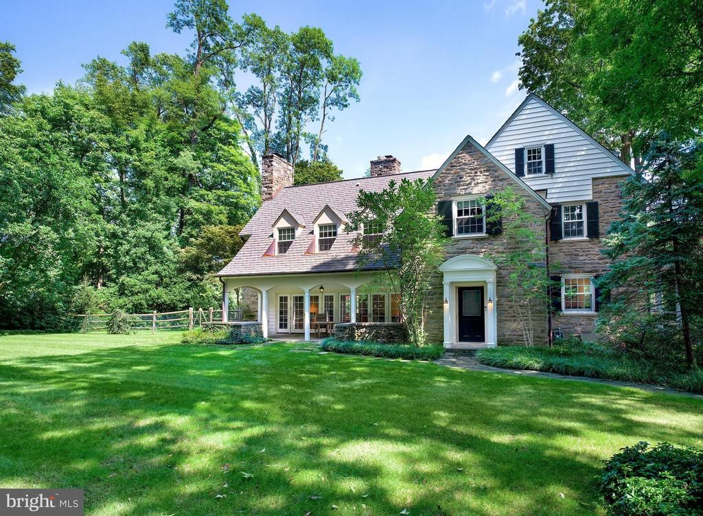 Malvern Bank House of the Week: Colonial Gem Enveloped by Nature in Haverford