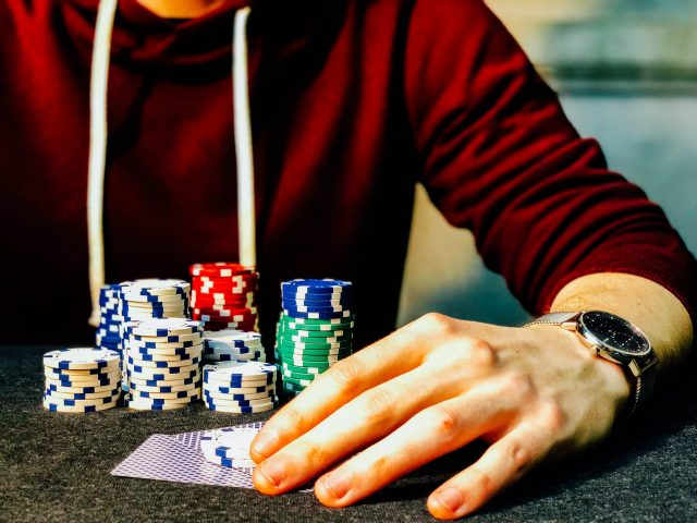 Penn State Abington Professor to Lead Research on Impacts of Online Gambling in PA