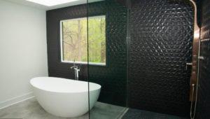 Gladwyne home bathtub bathroom
