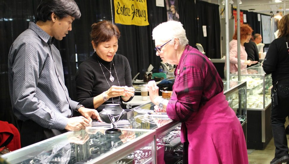 gem and jewelry show in oaks