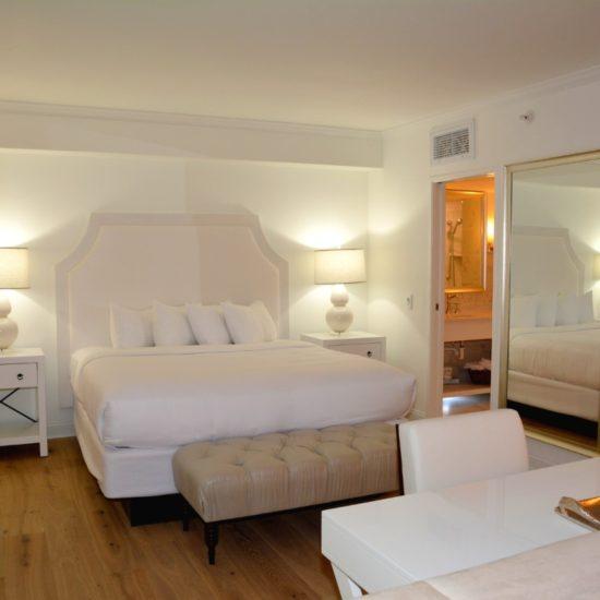 Icona Avalon hotel room