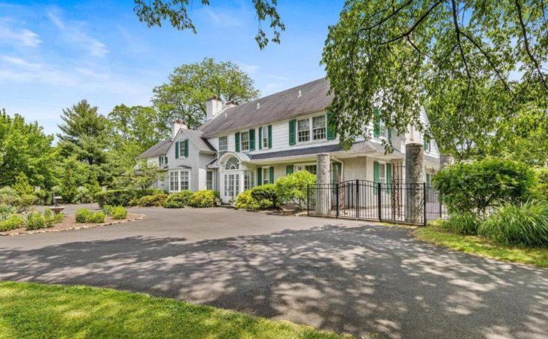 Hopeland Manor house for sale
