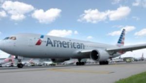 travelers American Airlines aircraft at Philadelphia International Airport