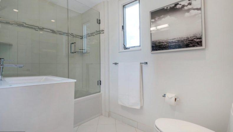 montco bathroom bala cynwyd