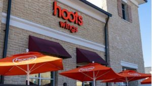 Hoots Wings, Hooters spinoff