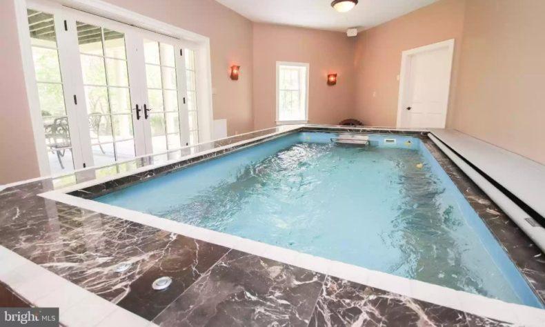 indoor pool mont clare