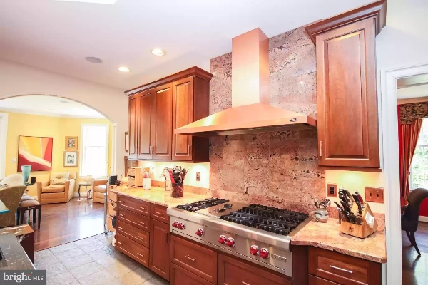 house for sale kitchen with stove
