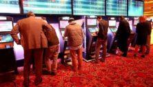 people gambling at Parx sportsbook