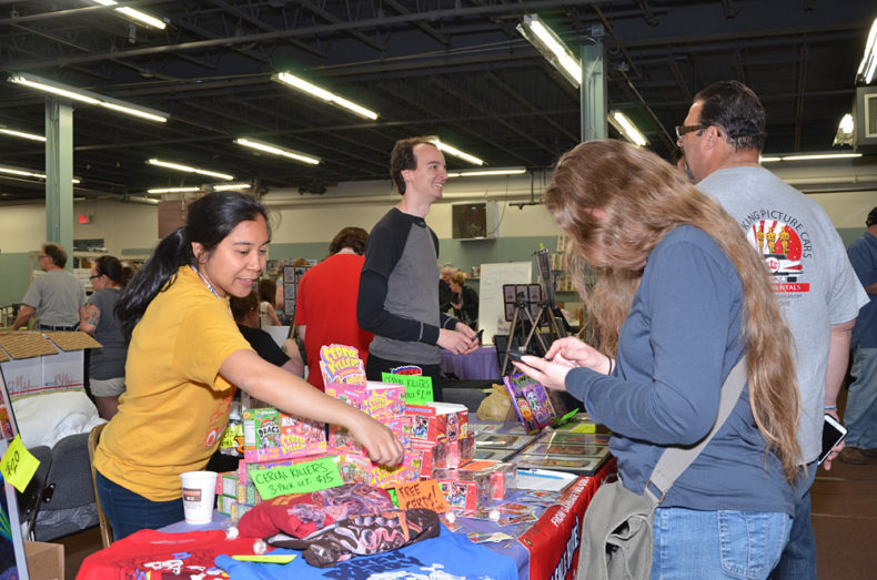 people shopping at The Greater Philadelphia Expo Center At the non sports card show.