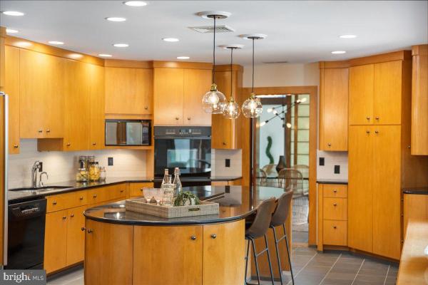 mid-century kitchen.