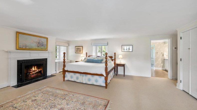 Master bedroom in Gladwyne home